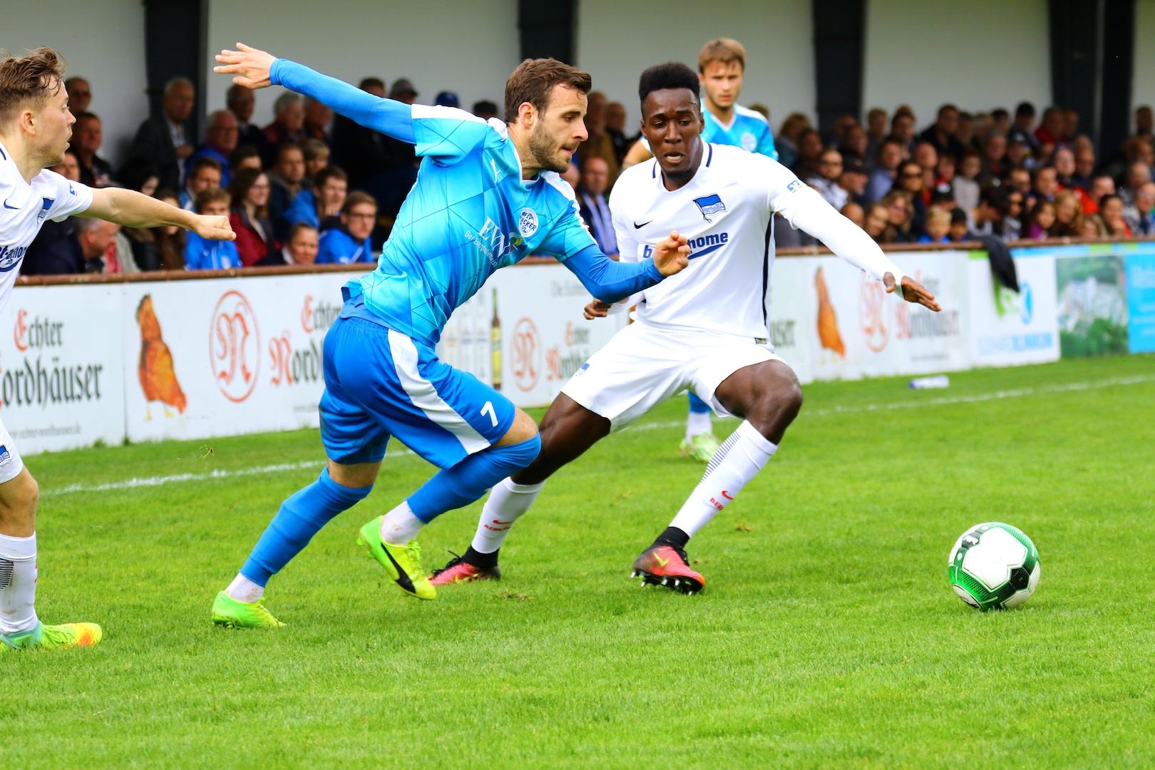 Hertha kommt zum Spitzenspiel